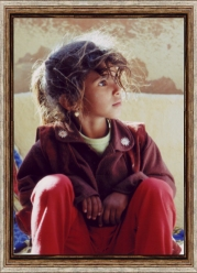 � 2005 photo by Carmen Ezgeta: Beduinska djevoj�ica - Young Bedouin Girl - Sinai Desert - Egypt; Africa; November 2005.